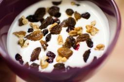 yoghurt-933710_1920